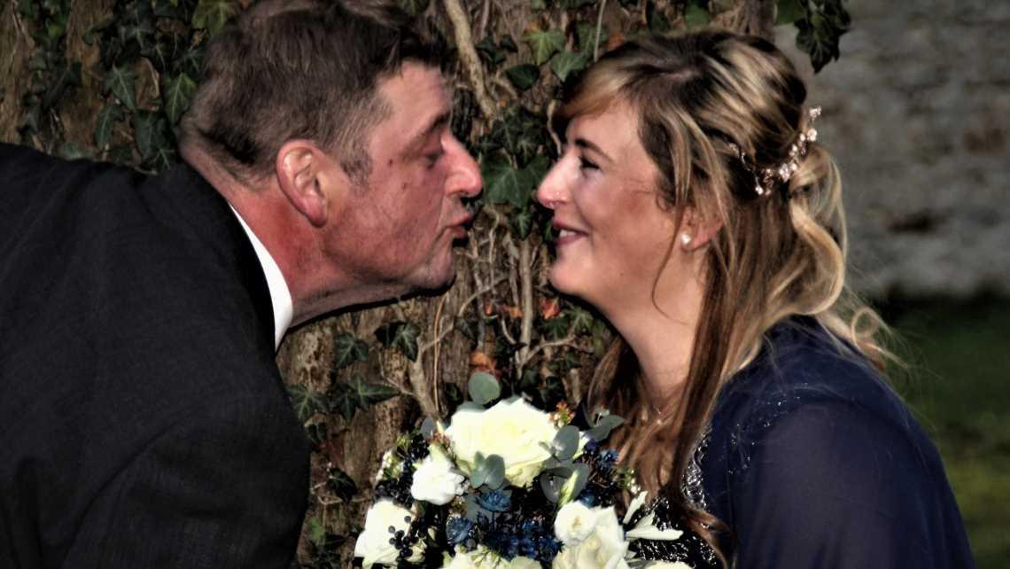 """""""Bauer sucht Frau"""": Hochzeit und Vaterfreuden bei Milchbauer Kurt!"""