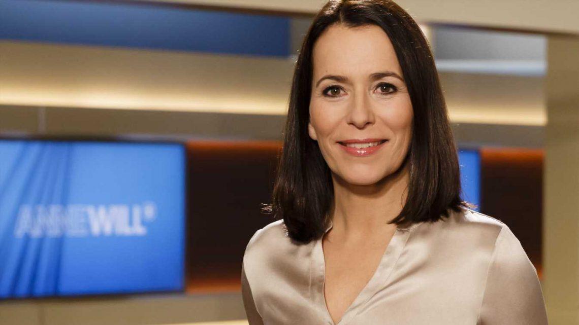 Anne Will kassiert Shitstorm wegen vermeintlichem Botox-Gesicht