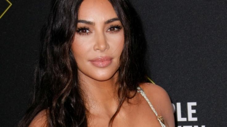 Kim Kardashian: Beschmierte Brüste! Ihr süßes Vergnügen ist eine Sauerei