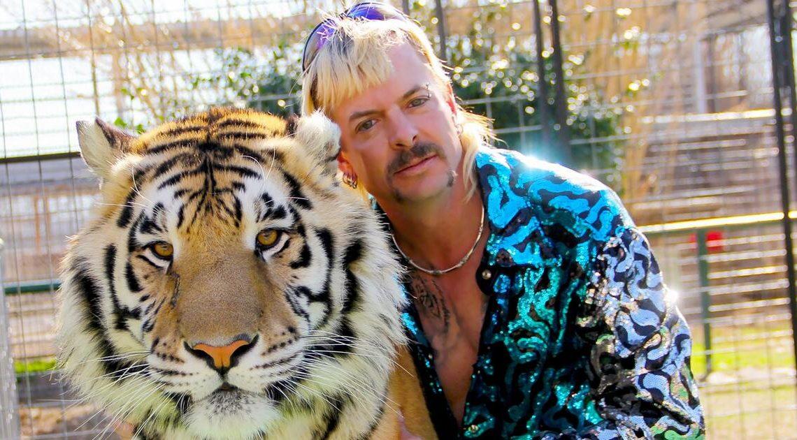 """Tod in Zusammenhang mit COVID-19: """"Tiger King"""" Joe Exotic trauert um seinen Vater"""