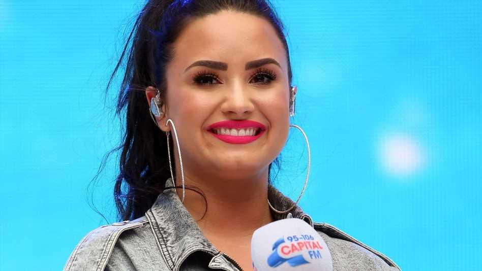 Demi Lovato hat jetzt rosa Haare