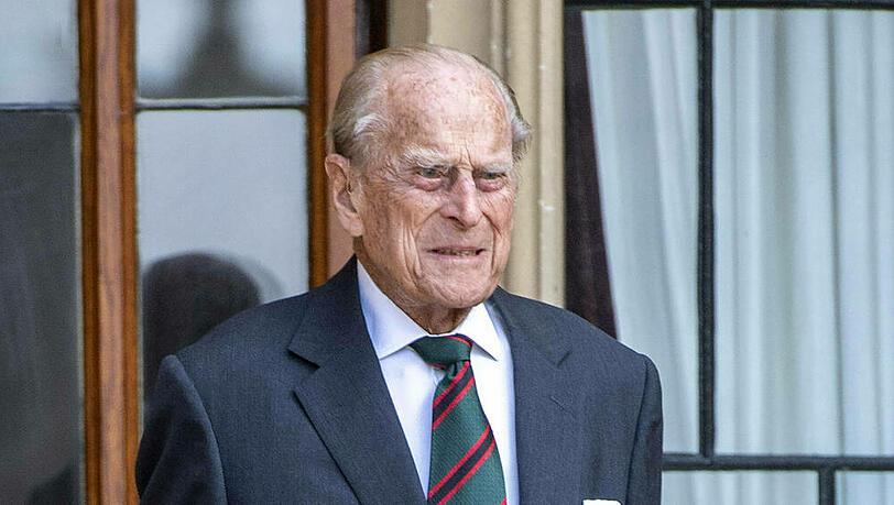 Prinz Philip liegt im Krankenhaus