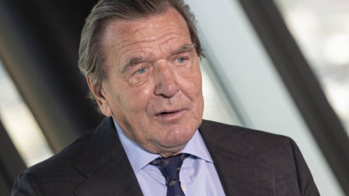 Social-Media-Plattform droht Gerhard Schröder mit Sperrung