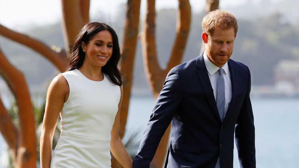 Nach Baby-News: Hier zeigen sich Meghan und Harry im Netz