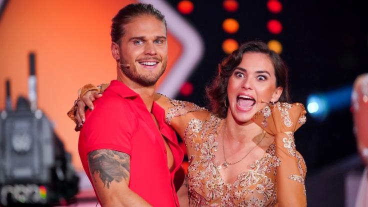 """""""Let's Dance"""" 2021: Paarungszeit bei RTL-Tanzshow! ER wickelte das Publikum um den Finger"""