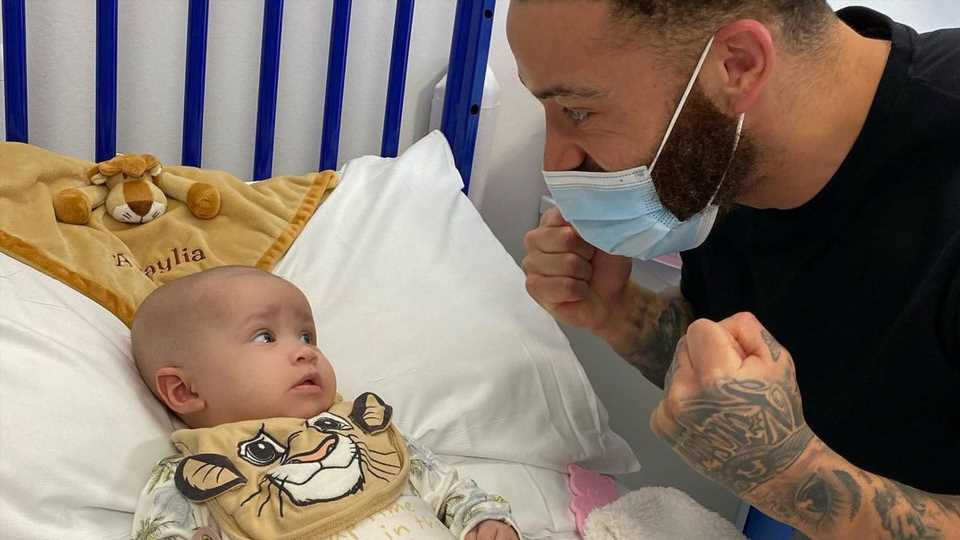 Medikament fehlt: Ashley Cain in Sorge um krebskrankes Baby