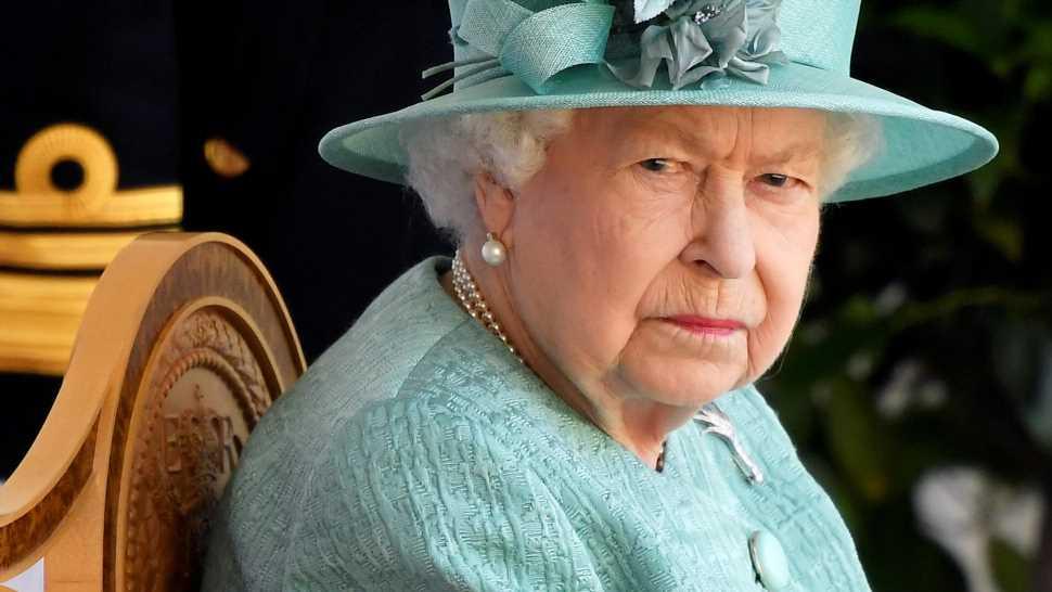 Vom Corgi gebissen! Queen Elizabeth II. musste genäht werden
