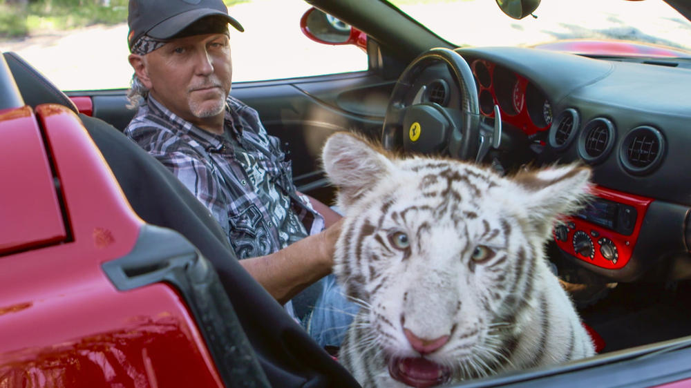 "Giftanschlag? ""Tiger King""-Star Jeff Lowe erleidet Schlaganfall"