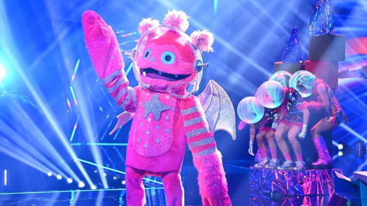 """""""The Masked Singer""""-Halbfinale 2021: Spoiler-Alarm! DIESER Promi ist der Monstronaut"""
