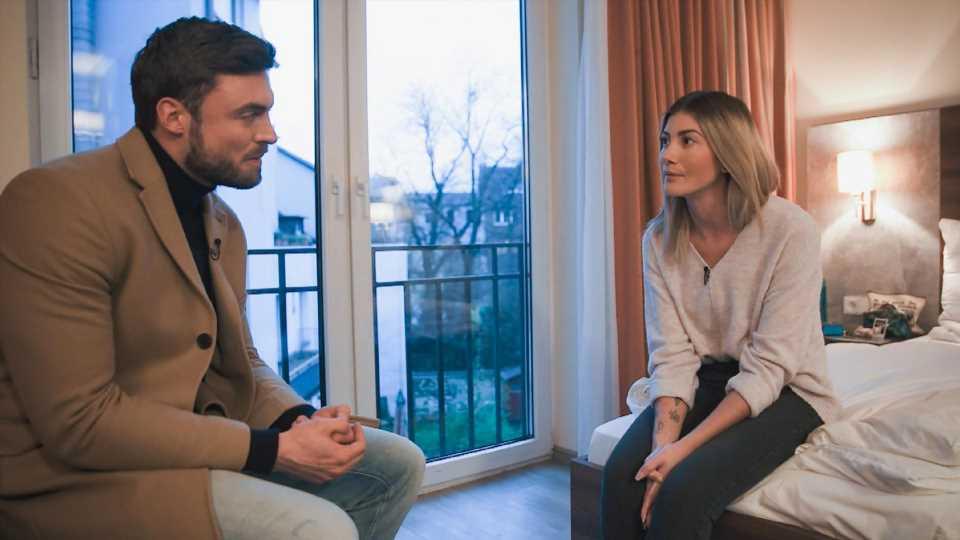 """Vorzeitig im """"Bachelor""""-Finale rausgeworfen: So reagiert Stephie"""