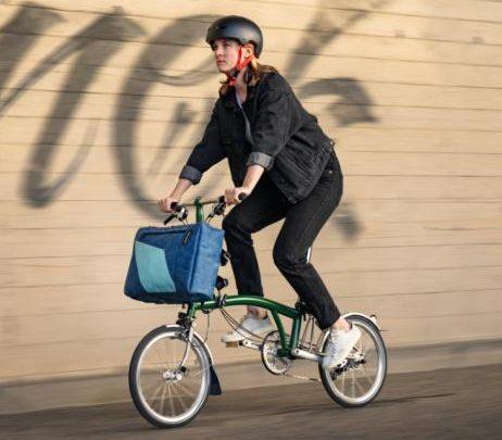 Fashion-News: FREITAG × BROMPTON: Neue tragfähige Lösungen für Velofahrende Urbanmobilisten