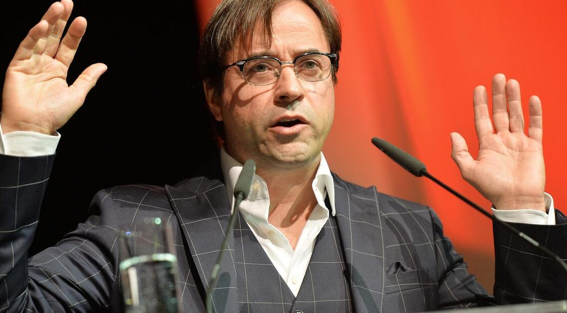 Jan Josef Liefers: Habe mich für #allemalneschichtmachen angemeldet