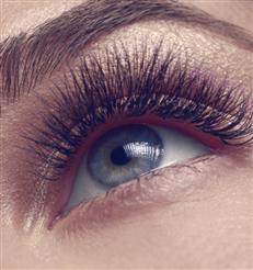 Schöne Wimpern: Diese Mascara ersetzt ein Serum