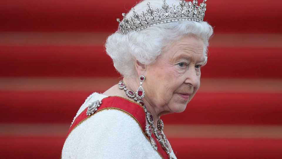 Gräfin Sophie spricht unter Tränen über Zustand der Queen