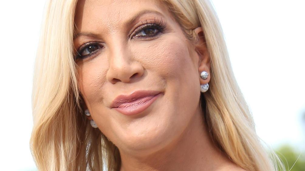 """Wieder schwanger? Das sagt """"Beverly Hills 90210""""-Star Tori Spelling zu den Gerüchten"""