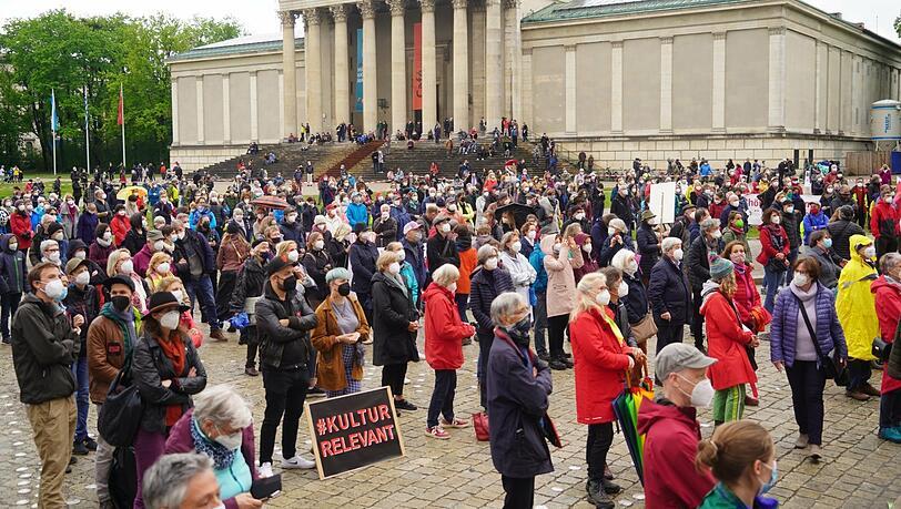 'Aufstehen für Kultur':  Kunstschaffende fordern mehr Solidarität