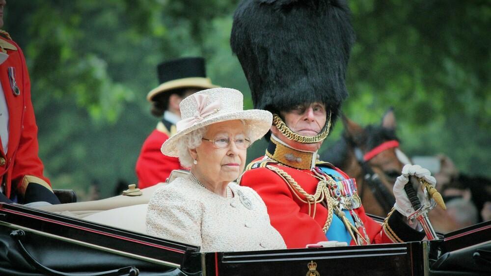 Die Queen gibt Ausstellung über Prinz Philip grünes Licht