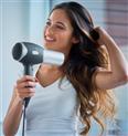 Feine Haare: Diese 3 Föhne sorgen für Volumen und bieten Schutz