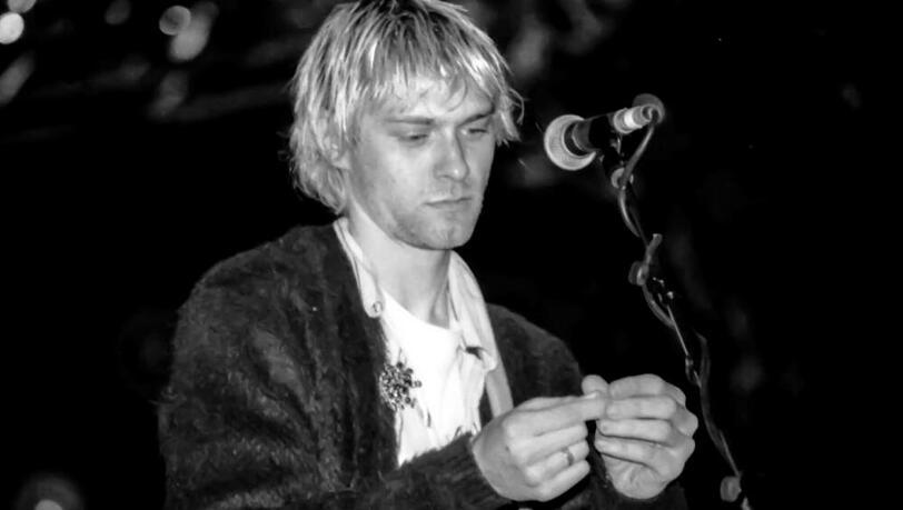 Haarsträhnen von Kurt Cobain bringen 14.000 Dollar ein
