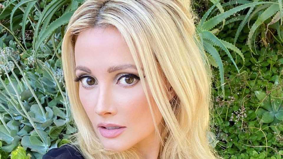 Hugh Hefners Ex Holly Madison rechnet mit Playboy-Zeit ab!