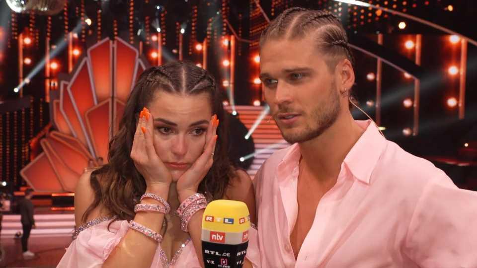 Let's Dance 2021: Profitänzerin Renata Lusin weint im Interview um Nicolas Puschmann