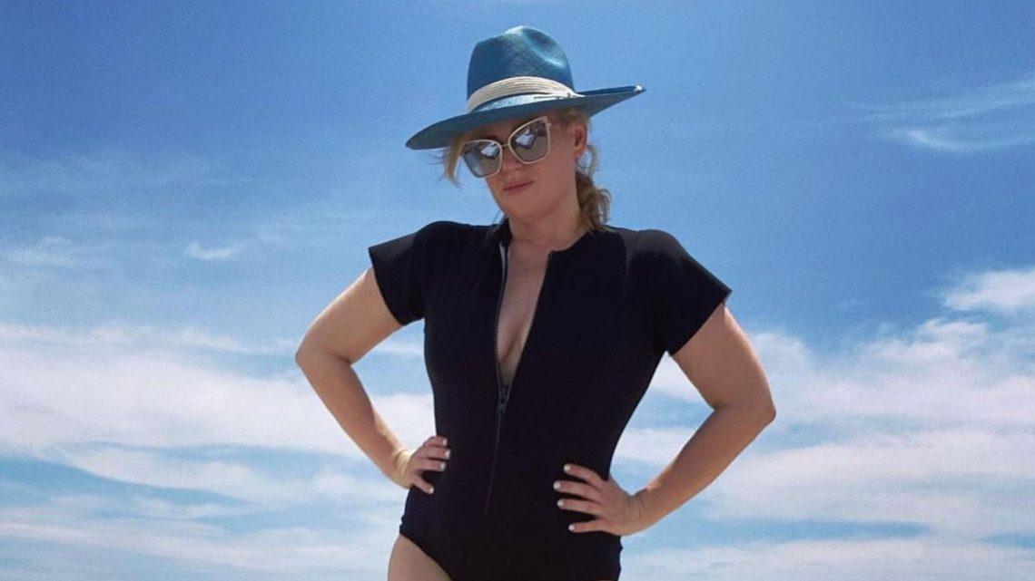 Nach Diäterfolg: Rebel Wilson zeigt ihre Kurven im Badeanzug