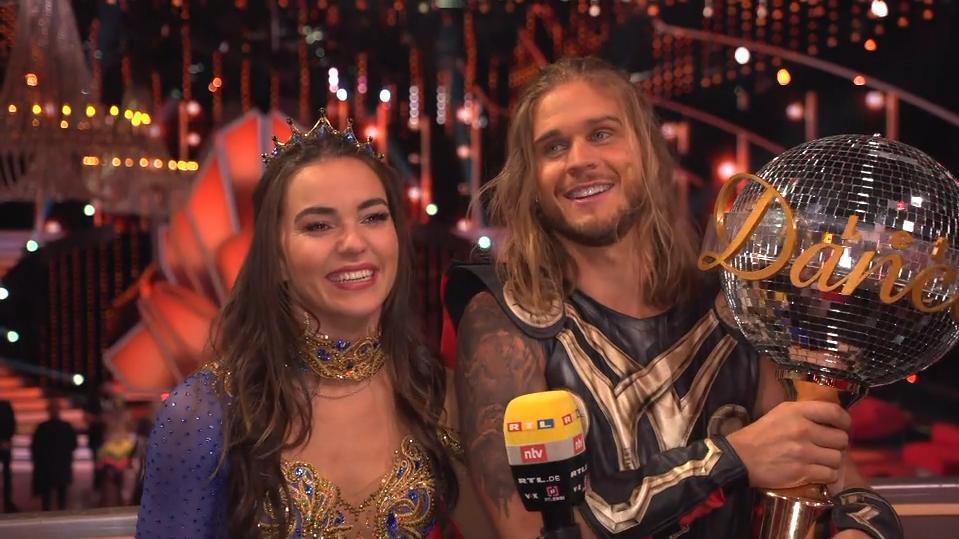 """Rúrik Gíslason ist """"Dancing Star"""" 2021: Seine ersten Worte nach dem Sieg bei """"Let's Dance"""""""