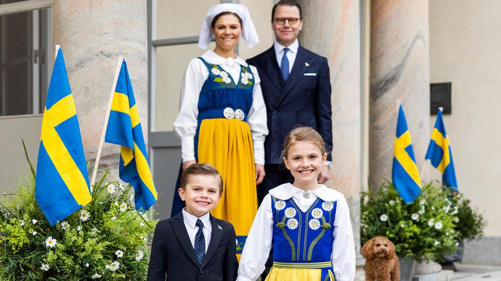 Feiertag in Schweden: Kronprinzessin Victoria trommelt ihre Familie zusammen