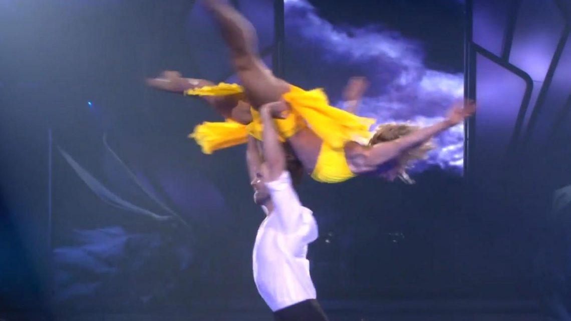 Let's Dance 2021: Wie geht DAS denn? Kathrin & Vadim flashen mit spektakulärer Hebefigur
