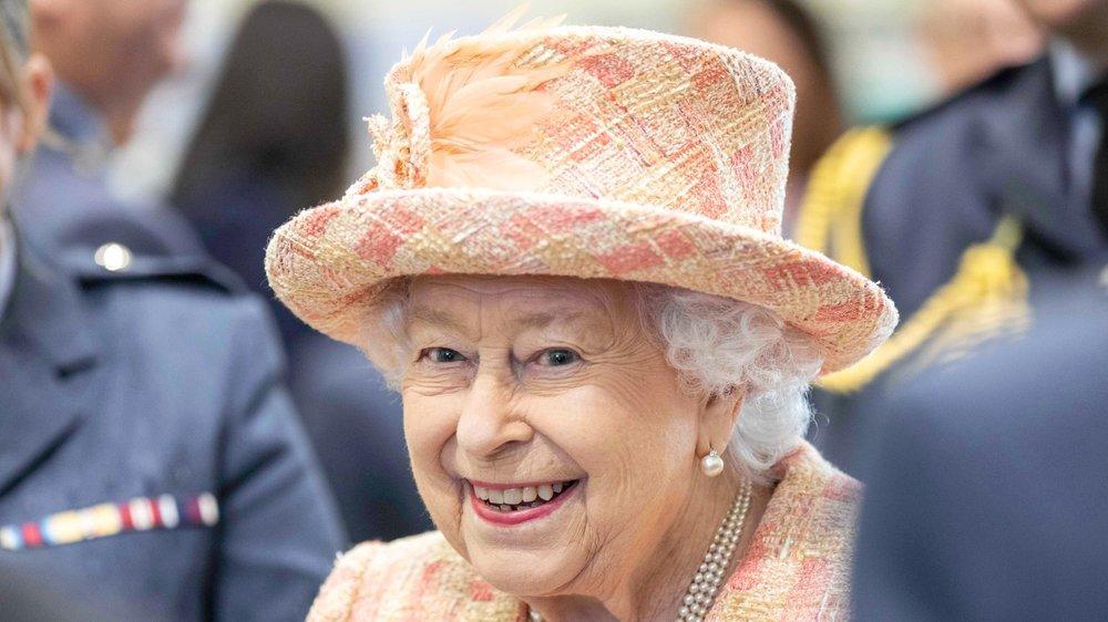 Queen Elizabeth II. verpasst Pferderennen in Ascot