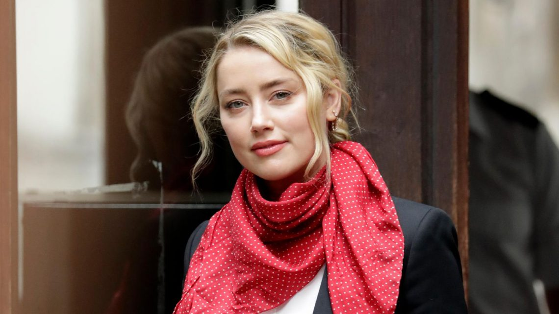 """Amber Heard: Sie ist """"Mama und Papa"""" für Baby Oonagh"""