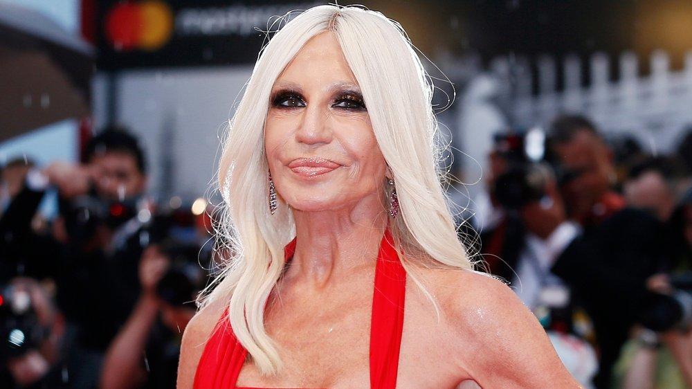 Donatella Versace erinnert sich an ihren ermordeten Bruder Gianni