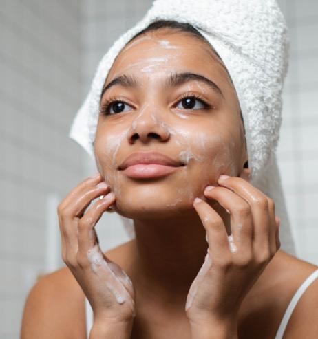Gesichtsreinigung: Dieser Cleansing Balm reduziert Falten super-effektiv