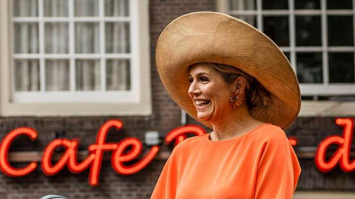 In Amsterdam setzt sie auf all ihre Lieblingsdesigner