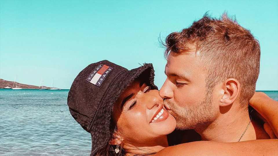 Schwangere Sarah Engels macht ihrem Julian Liebeserklärung