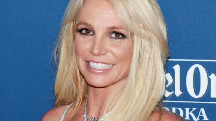 Britney Spear: Im Badezimmer eingesperrt & von Securities befreit