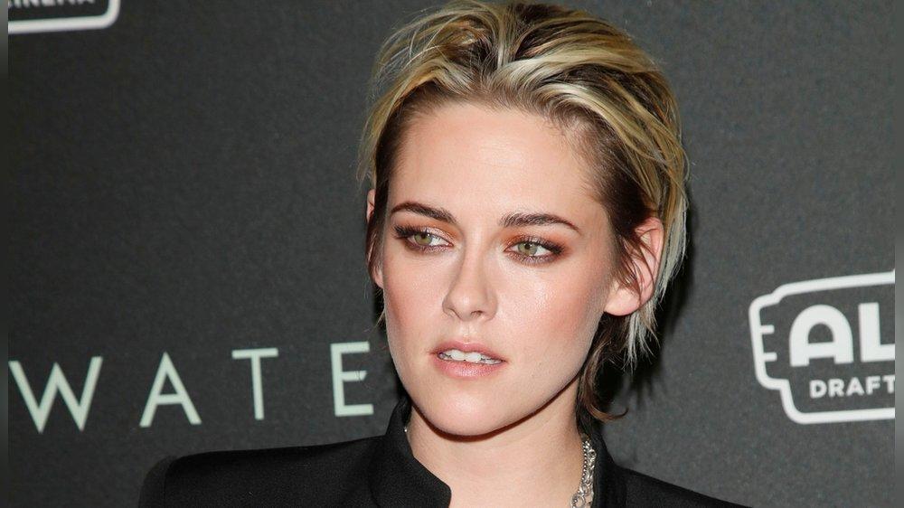"""Emotionaler """"Spencer""""-Trailer mit Kristen Stewart als Prinzessin Diana"""
