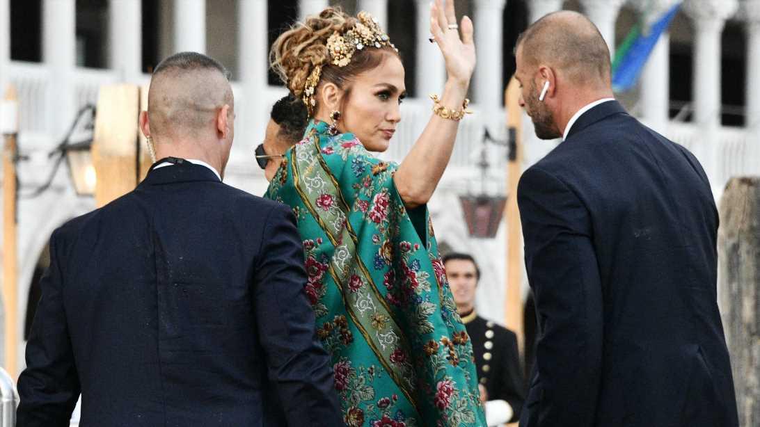 Jennifer Lopez: Glamour-Auftritt in Venedig – nur das Preisschild stört