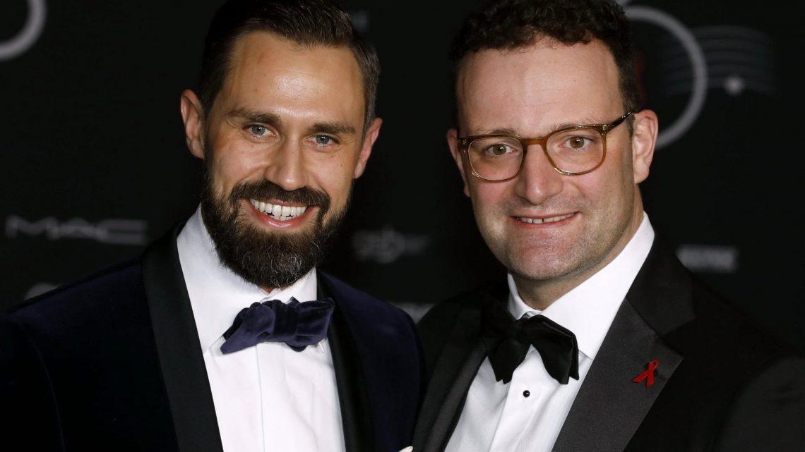 Jens Spahn teilt privaten Schnappschuss mit Ehemann Daniel