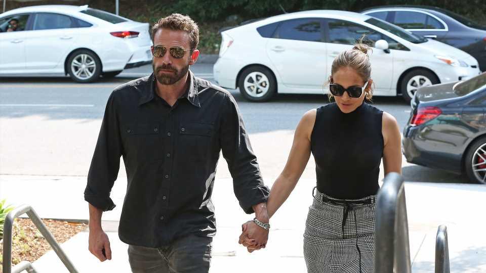 Kein Verstecken mehr: J.Lo und Ben Affleck halten Händchen