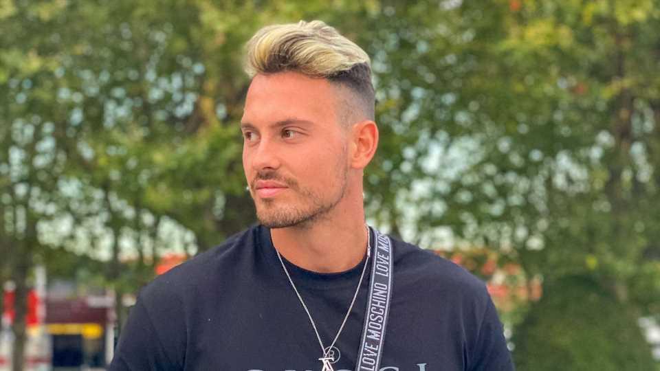 """Neue Haarfarbe: Max Schnabel will """"alle Frauen erregen"""""""