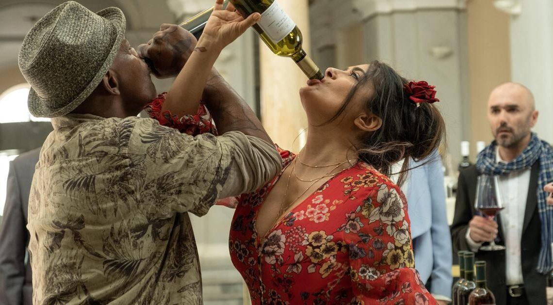 """Salma Hayek über ihre Rolle in """"Killer's Bodyguard 2"""": Frauen haben kein Verfallsdatum"""