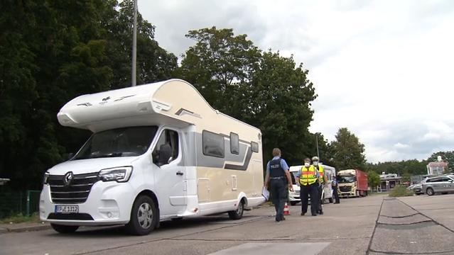 Urlaub mit Wohnwagen: Darauf sollten Urlauber bei der Reise mit Camper unbedingt achten!