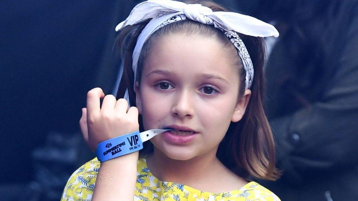 Victoria Beckham: Lustige Poolselfies mit ihrer süßen Wasserratte Harper Seven (10)