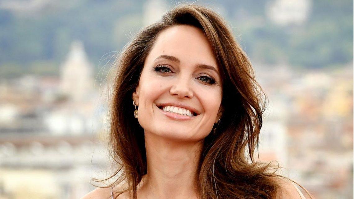 Angelina Jolie frisch verliebt? Beim Dinner mit The Weeknd gesichtet