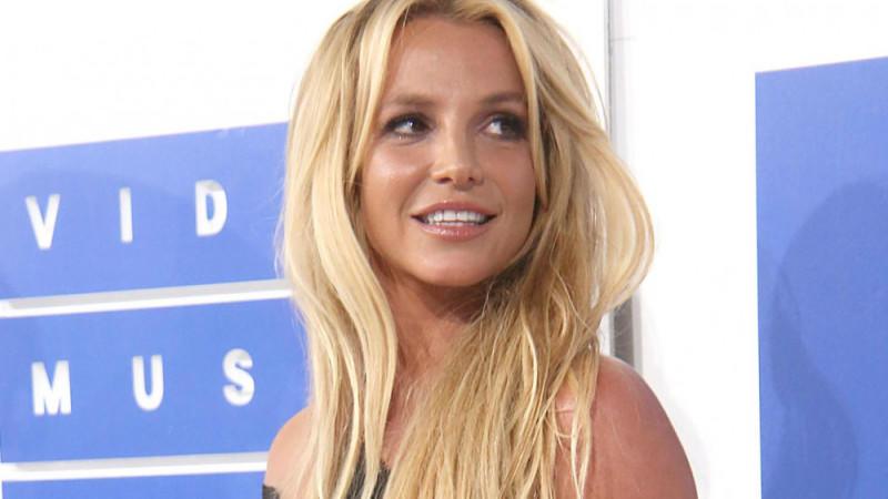 Britney Spears: Durfte sie keine Freunde treffen?