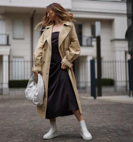 Fashion-Trend 2021: Dieses Kleid tragen alle Französinnen!