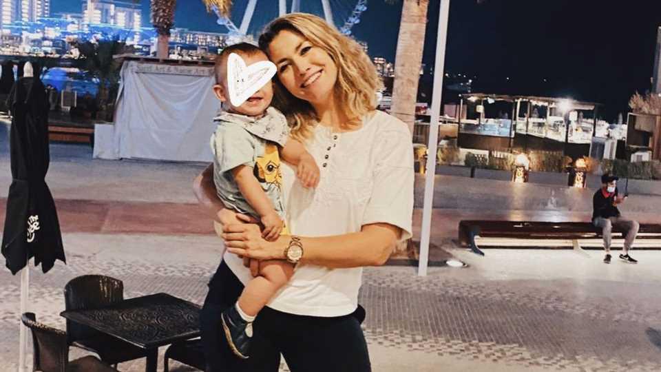 """Fiona Erdmann schwärmt: Sohnemann Leo ist ein """"Happy-Baby"""""""
