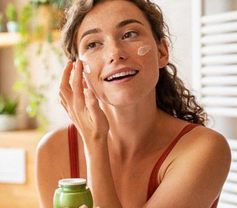 Hautpflege: Auf diese Wirkstoffe schwören Dermatologen