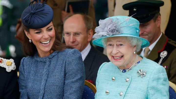Herzogin Catherine: Fashion-Regel der Queen gehört zu ihrem Style-Mantra